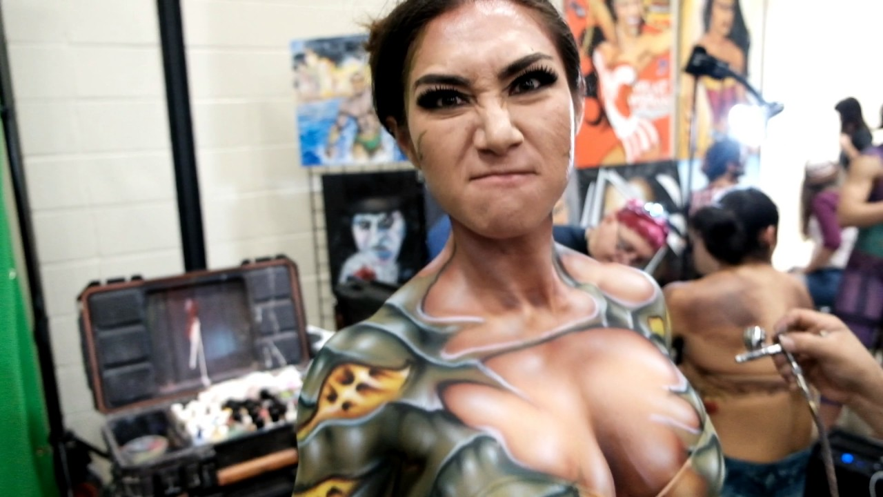 Body painting at alamo city comic con youtube for Comic con body paint