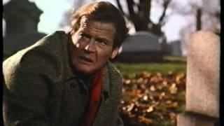 Theme of Roger Moore in The Naked Face - 1984