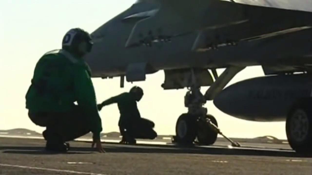 Porta Aviões - Aircraft Carrier - Poderoso Navio de Guerra
