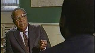 Alex Haley admits no history is completely accurate