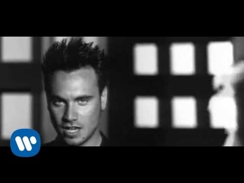Nek - Quedate (Official Video)