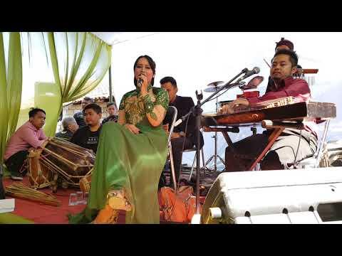 Kawih Sunda : Hariring Nu Kungsi Nyanding - Saung Ranggon
