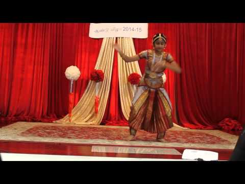 Bharathiyar Song - Vaazhga Tamil Mozhi Dance performance by Nithila