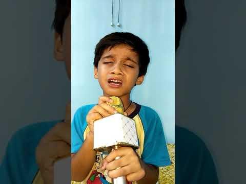 Little shiv bhakt singing shiv kailashon ke wasi