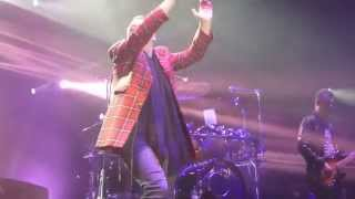 Simple Minds - Honest Town + Love Song - 12 Fevrier 2015 - Douai