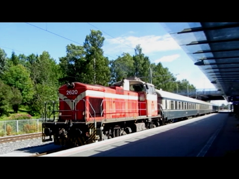 Finland: VR Dv12 diesel locomotive arrives at Vassa station
