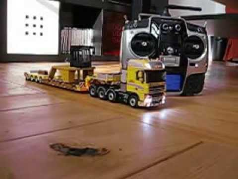 DAF 1:50 RC ABNORMAL LOAD - YouTube
