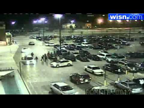 Walmart Parking Lot Fight Caught On Tape Youtube