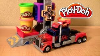 Play Doh Transformers Autobot Workshop Playset Transform Lightning McQueen in Autobots Disney Cars thumbnail