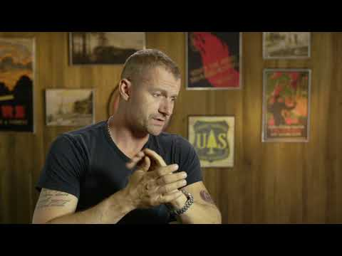 Only The Brave  - Itw James Badge Dale (official video)