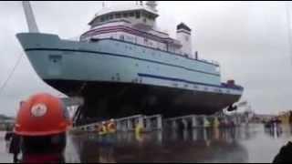 مــدهش !! هل توقعت من قبل كيف يتم وضع السفينة في الماء لأول مرة !!!