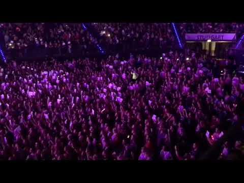 The Cure - Little Mix + Fan Project   LM5 Tour Stuttgart