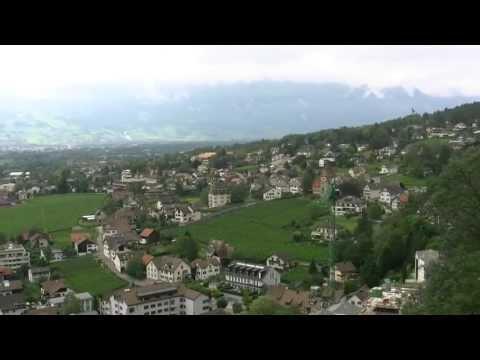 アキーラさん堪能②リヒテンシュタイン・リヒテンシュタイン城からの絶景・View,Vaduz,Liechtenstein-castle,