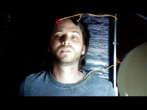 Random Movie Pick - 12 Monkeys Trailer YouTube Trailer