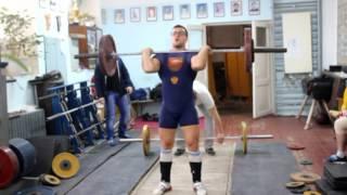 Всероссийские соревнования по тяжелой атлетике.