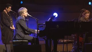 Watch Neil Finn Edible Flowers video