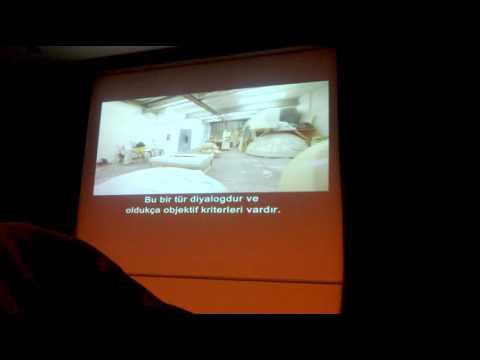 anish kapoor sergisindeki video.