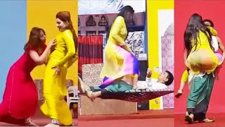 Full Sexy Pakistani Stage Drama Clips