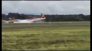 Vídeo mostra pouso de avião da Avianca de barriga em Brasília