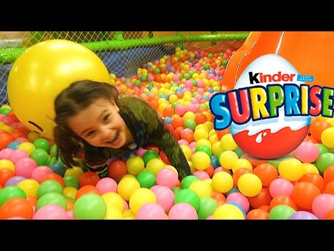 Treasure Hunt Playground Huge Surprise of Kids Toys and Kinder Eggs, Ball Pit fun
