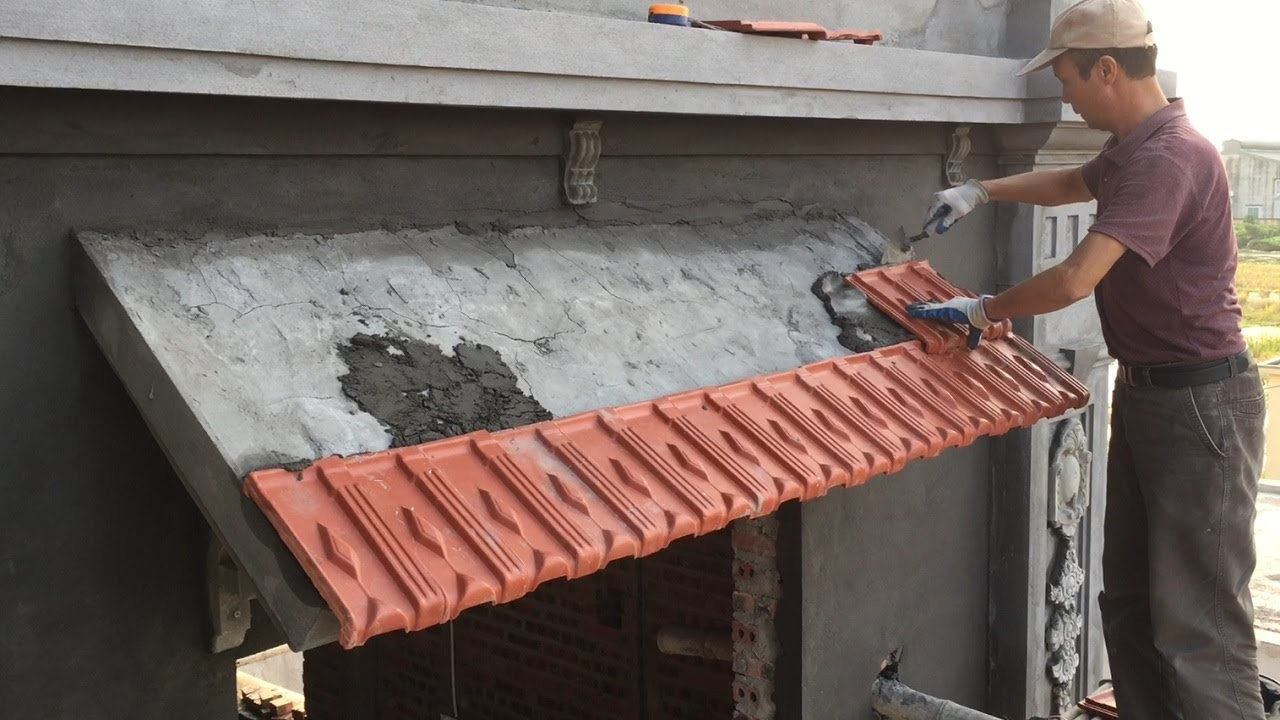 Building Slope Roof Concrete Install Terracotta Tiles On