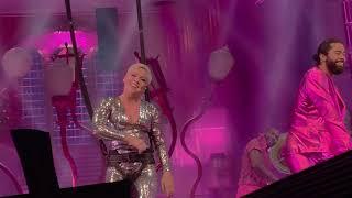 Pink - Beautiful Trauma Tour