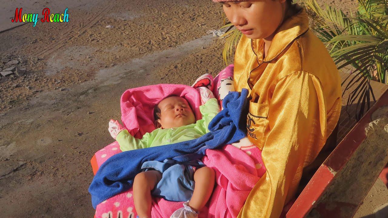 Mony Reach Sleeping In  Sunshine Help Baby Health and Skin