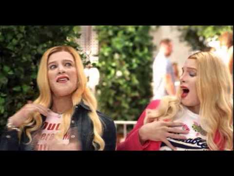 Fausses Blondes Infiltrés - Clash des Jumelles poster