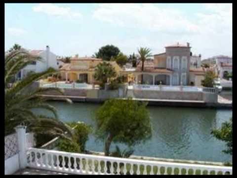 ferienhaus mit privat pool mieten in spanien an der costa brava in ampuriabrava youtube. Black Bedroom Furniture Sets. Home Design Ideas