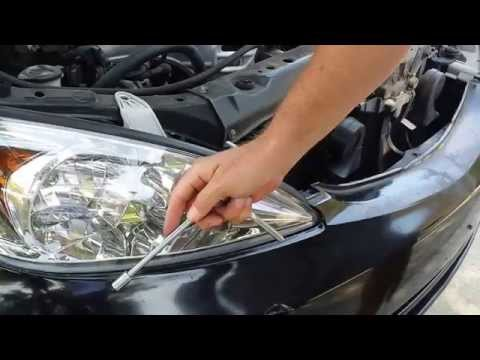 how to clean scatch headlight lens with vinegar