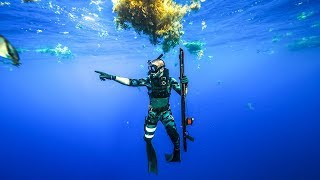 Exploring Major Shipwreck DEEP In the Ocean!! (Crazy life)