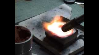 Melting silver and casting a ring using delft clay