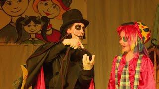 Кукольные истории. В Верхней Салде прошла премьера спектакля «Куклы»