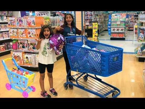 Kids Pretend Play Shopping at Toys store!! surprise birthday toy