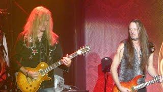 Adrian Vandenberg on stage again with Whitesnake in 013 Tilburg (Th...