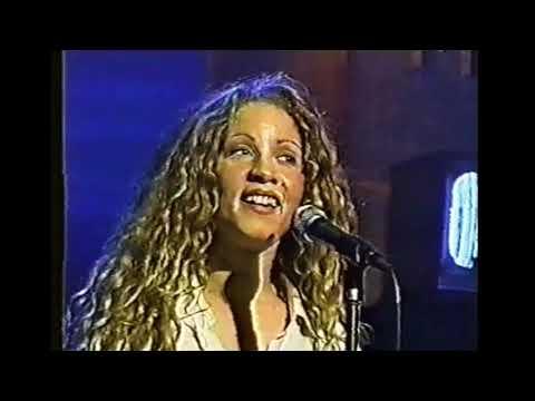 Amanda Marshall:  Intimate & Interactive (MuchMusic 1996)