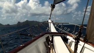 Sailing on Island Windjammers Diamant with S/V Mandalay Pass-by