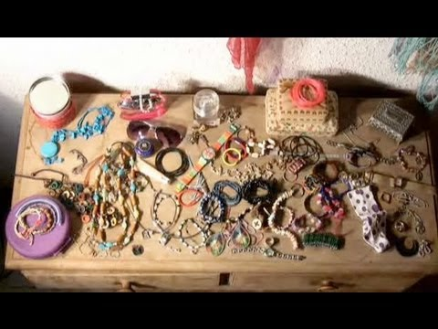 How To Organize Your Accessories