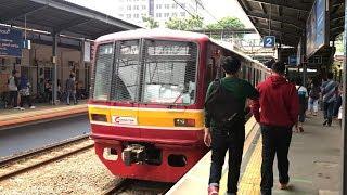 ジャカルタKRL JABODETABEK元営団05系08F Cawang発車