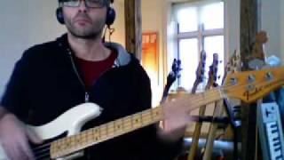Michael Jackson - Blame it on the Boogie - Bass playalong