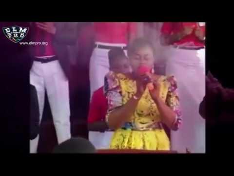 ALPHA OMEGA +lyrics Soeur NADEGE MBUMA