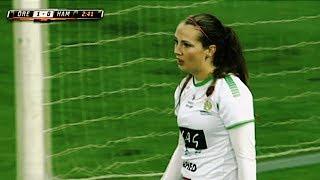 Bu Nedenle Kadınlar Futbol Oynamamalı ! 😳😳