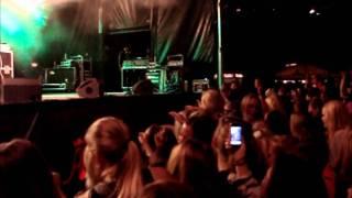 Xander - Det Burde Ikke Være Sådan Her (live 3. september 2011)