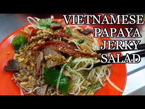 Hanoi Vietnam STREET FOOD Green Papaya Salad with Beef Jerky - Gỏi đu đủ khô bò
