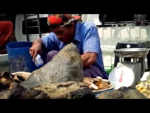 Pasar Batu Akik Rawabening Jakarta