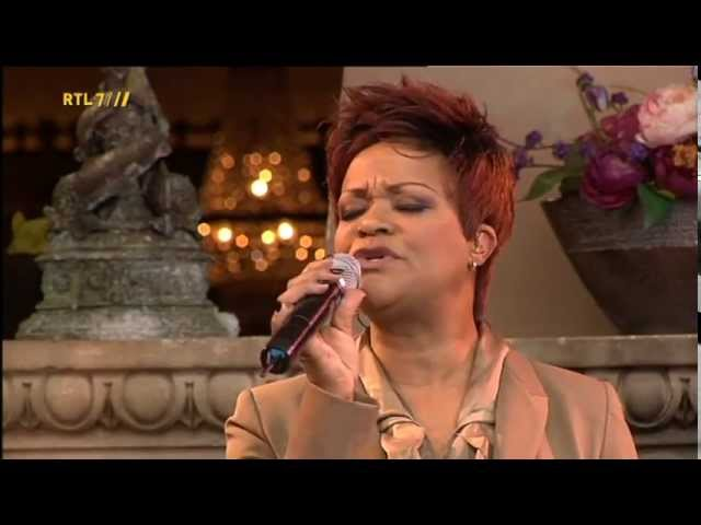 Ruth Jacott - Hou Me Vast (Live)