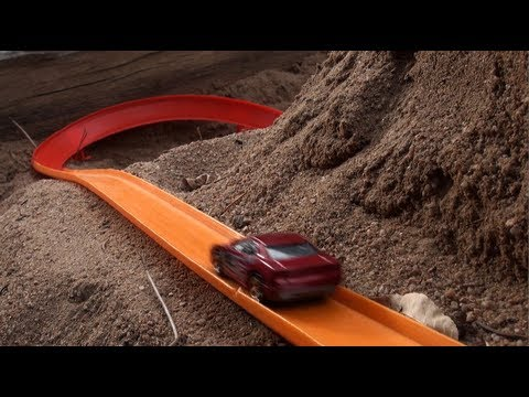 hot wheels sandbox track youtube. Black Bedroom Furniture Sets. Home Design Ideas