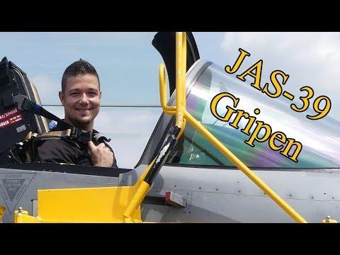Afus Vlog #07 - Kecskeméti Repülőbázis Iskolások Hete (Gripen, Harci Járművek, Kutyás Bemutató)