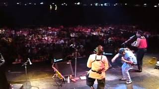 Play Let My People Go / Get Up Stand Up (Live)