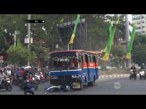 Melaju Kencang & Terobos Lampu Merah, Supir Bus Tabrak Pengendara Motor